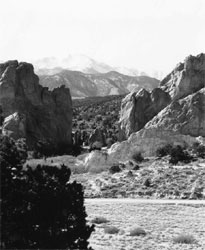 Garden of the Gods, Gateway Rocks